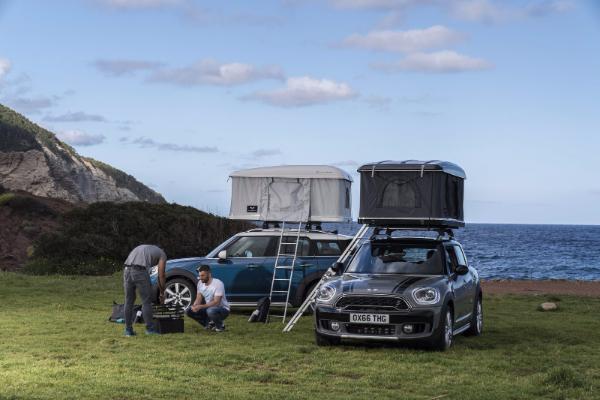 Kampovanje na krovu vašeg Mini automobila