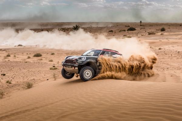 Specijalni MINI John Cooper bagi za Dakar reli
