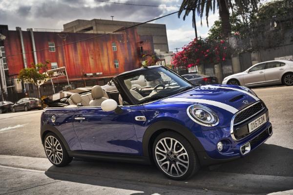 2019 MINI modeli dobijaju redizajnirani izgled pred Detroit