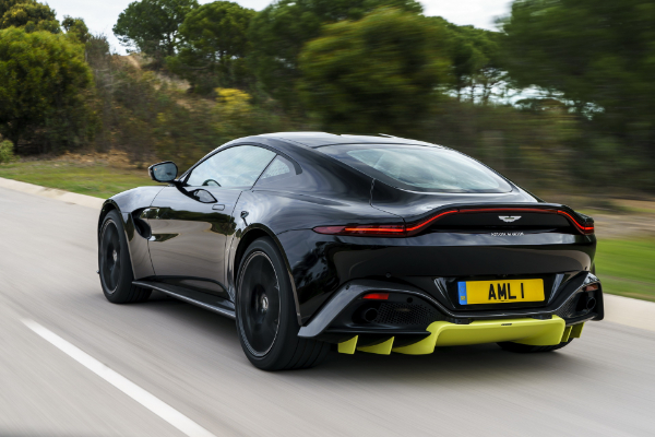 Aston Martin će automobile slati preko okeana u delovima