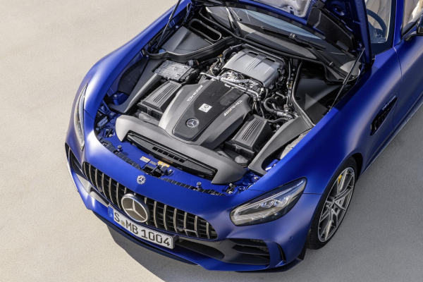 Mercedes predstavio AMG GT R Roadster