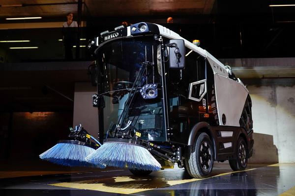 Na EcoFairu u Beogradu predstavljen LYNX – čistilica namenjena za čišćenje javnih površina