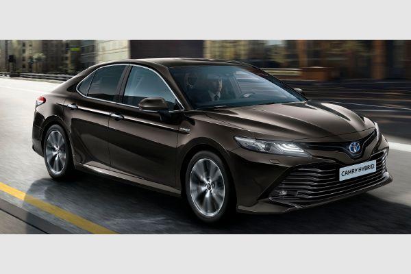 Toyotina mreža predstavila novi Camry