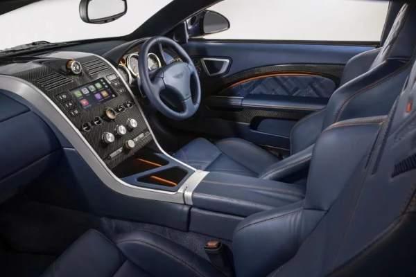 Aston Martin VANQUISH 25 se vraća