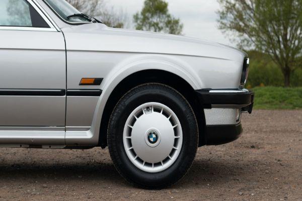 BMW 325 iz 1986. godine se prodaje za 50.000 dolara
