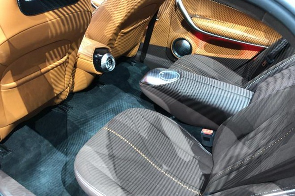 Moćni EV model kineskog brenda neodoljivo podseća na Porsche 911