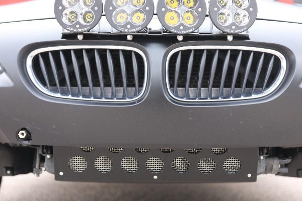 Legendarni BMW Z4 pretvoren u brutalnu terensku mašinu