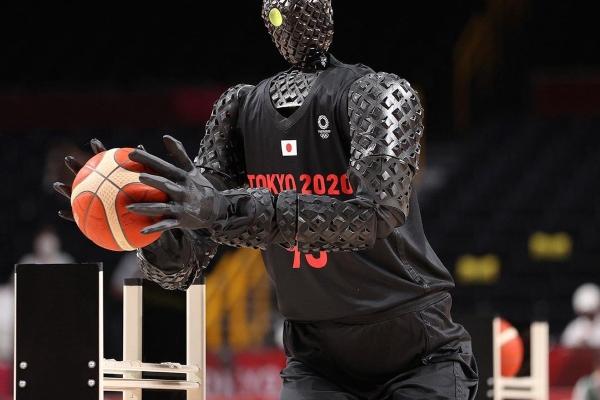 Toyota na Olimpijadi predstavila svog inovativnog robota šutera