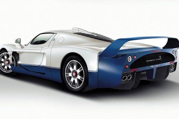 Kako je predivna Maserati MC12 linija nastala u roku od četiri meseca