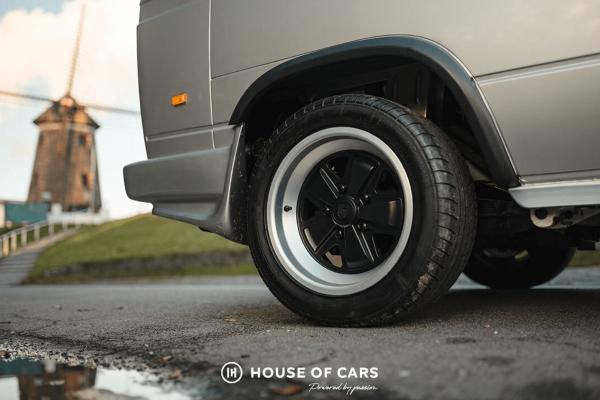 Savršeni T3 Transporter sa Porsche 911 SC motorom i 204 konja