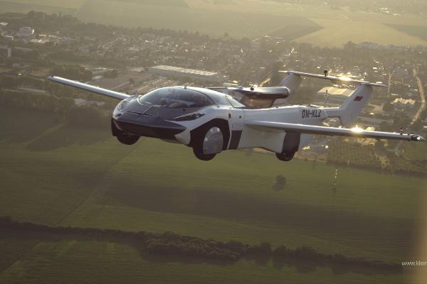 Prvi prototip pravog letećeg automobila sa BMW motorom