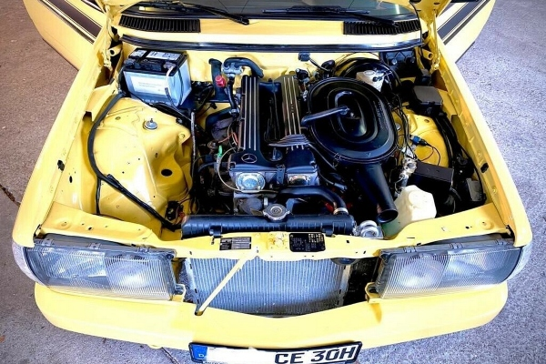 Klasični Mercedes sa AMG akcentima i Zender opremom