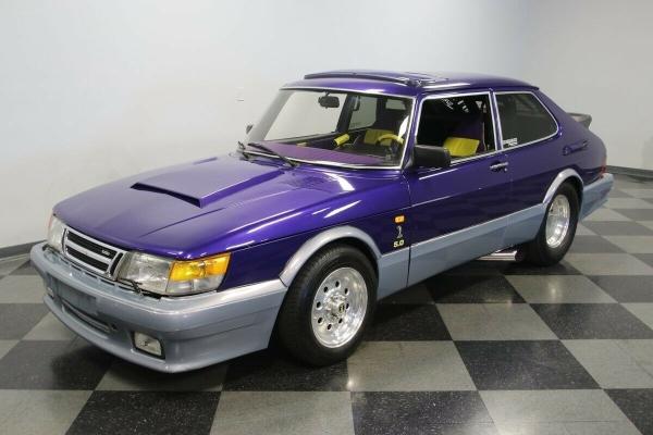 Neverovatni Saab 900 sa petolitarskom V8 jedinicom i superpunjenjem