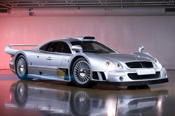 Retki CLK GTR - Ulično legalna trkačka raketa kompanije Mercedes