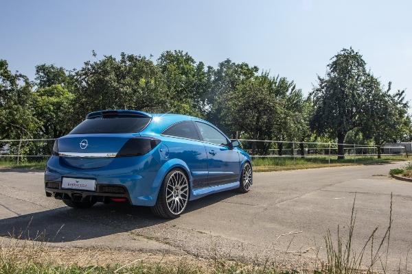 Unikatna Opel Astra u punom sportskom izdanju