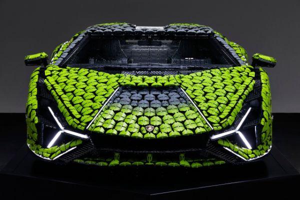 Lamborghini Sian u punoj veličini kreiran od LEGO kockica
