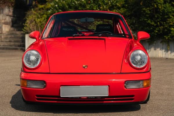 Retka ulično legalna trkačka mašina kompanije Porsche