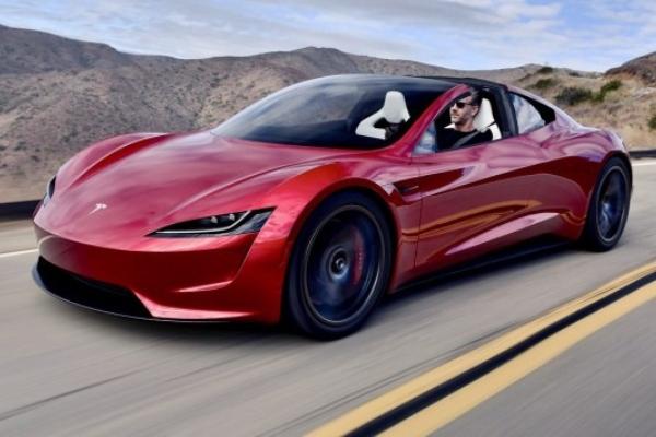Tesla Roadster dobija raketne potisnike za ubrzanje do stotke od 1,1 sekund