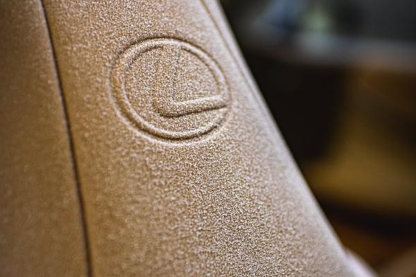 Lexus na interesantan način testira otpornost svog novog kabrioleta