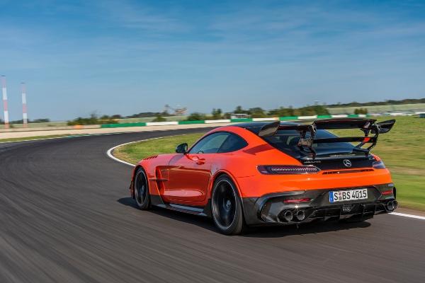 Legendarni Mercedes-AMG GT odlazi u istoriju