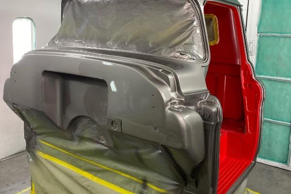Brutalna restauracija Chevy C10 modela iz 1956. godine