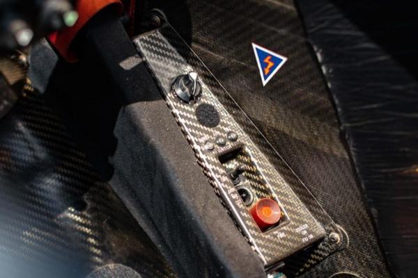 Kimi Raikonen proslavlja penzionisanje prodajom svog V10 modela
