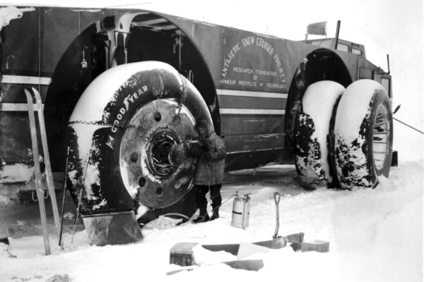 Pionirsko predratno istraživačko vozilo koje nažalost nije uspelo